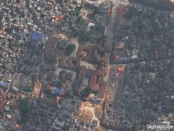 Последствия землетрясения в Непале на снимках со спутника (8 фото)