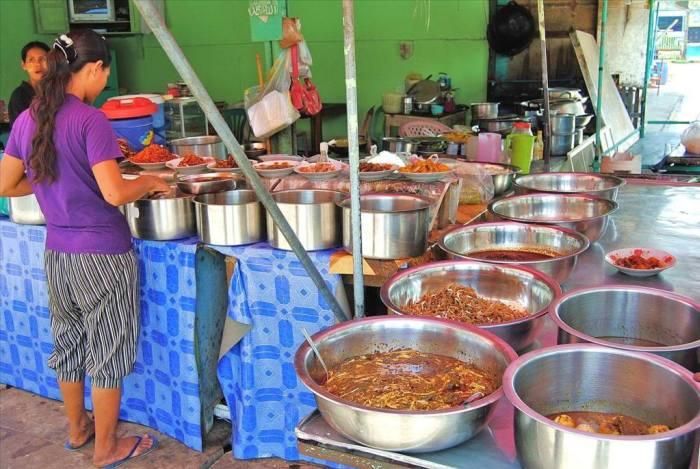 Уличная пища в странах Азии и Африки, а также советы, которые уберегут вас от экзотических болезней и даже смерти (32 фото)