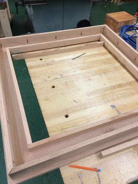 Американский старшеклассник построил журнальный столик с эффектом бесконечности (20 фото)