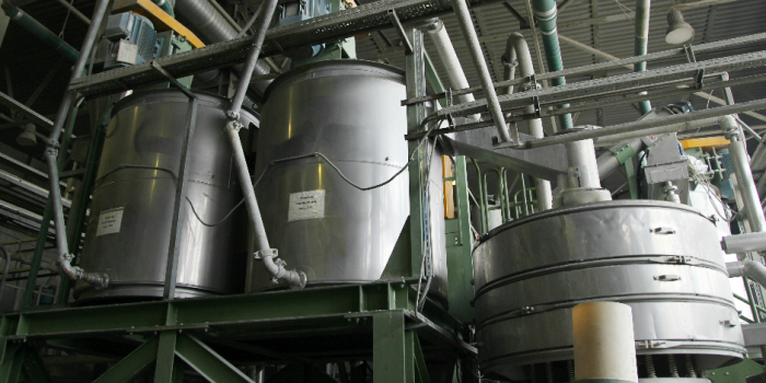 Технология переработки использованной пластиковой тары в России (15 фото)