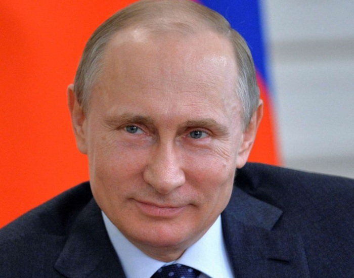 «Роснефть» объявила размер зарплаты Игоря Сечина (23 фото)