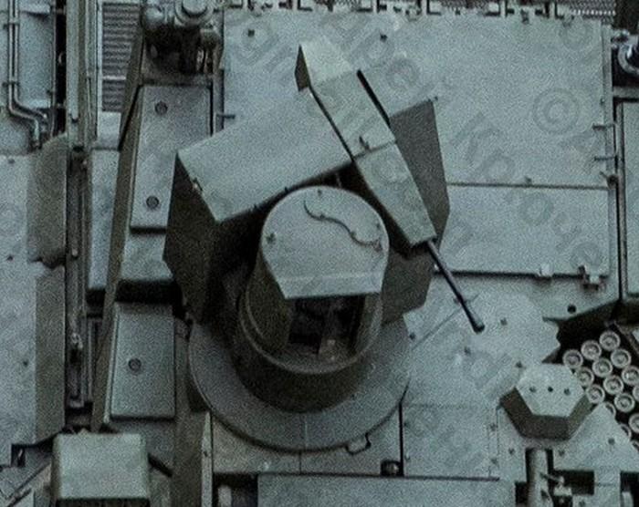 «Близкое знакомство» с новейшим танком Т-14 «Армата» (12 фото)