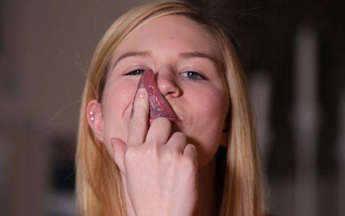 18-летняя американка с выдающейся частью тела (12 фото)