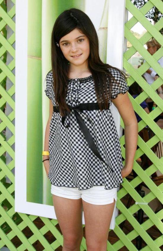 Как взрослела актриса и модель Кайли Дженнер (Kylie Jenner) (9 фото)
