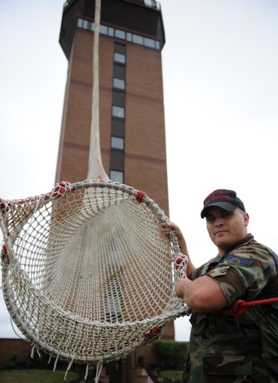 Экстремальное средство помощи на службе пожарных (6 фото)