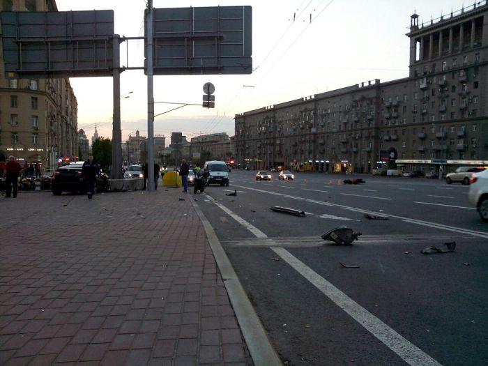 Байкеры требуют справедливого наказания виновнику ДТП, в котором погиб мотоциклист (4 фото + 2 видео)
