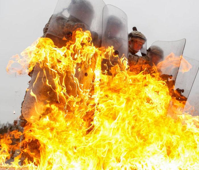 Огненная тренировка (25 фото)