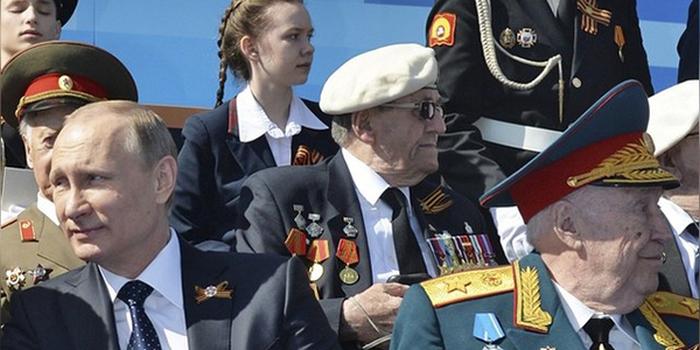 Приглашение британских ветеранов на парад в Москву назвали «изобретательным пропагандистским манёвром» (2 фото)