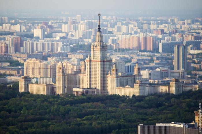 Московские руферы покорили самое высокое здание Европы – башню «Федерация Восток» (21 фото)