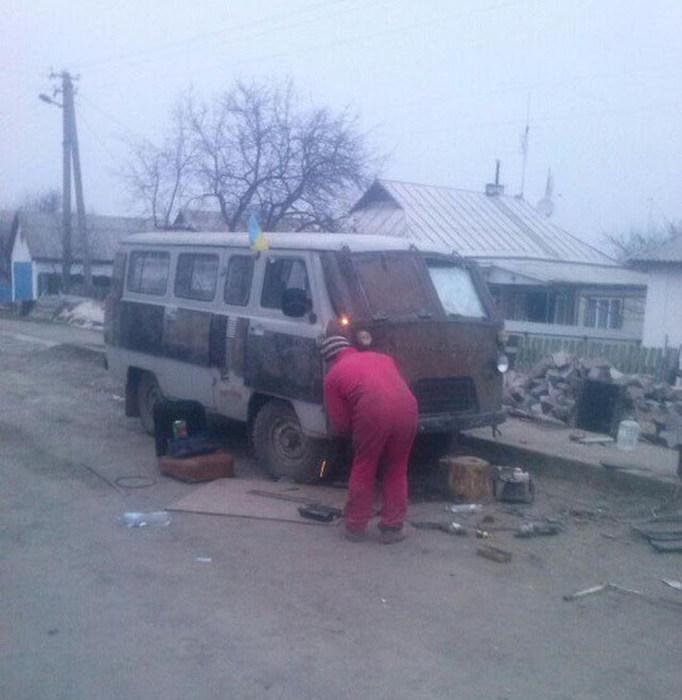 Самодельные бронемашины из Украины. Часть 2 (24 фото)
