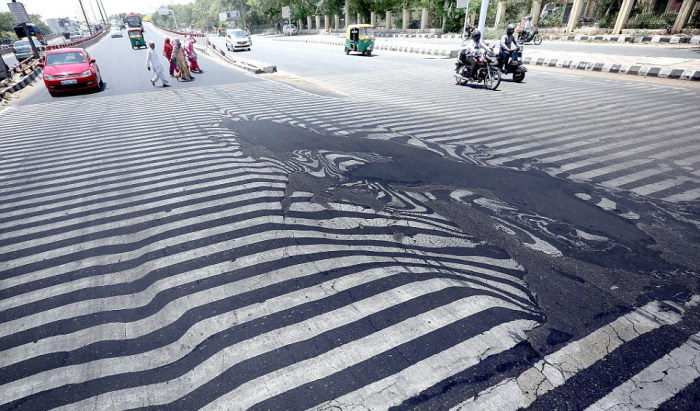 Аномальная жара в Индии стала причиной гибели более 1400 человек (4 фото)