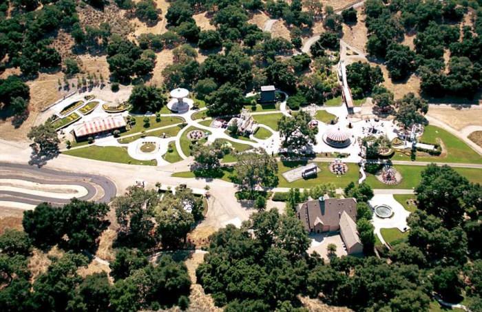 Имение «Неверленд» Майкла Джексона продают за 100 миллионов долларов (21 фото)