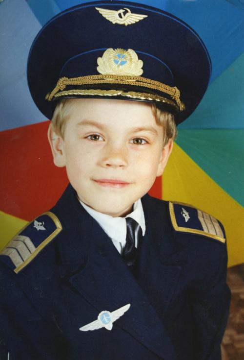 Российские спортсмены в детстве и сейчас (24 фото)