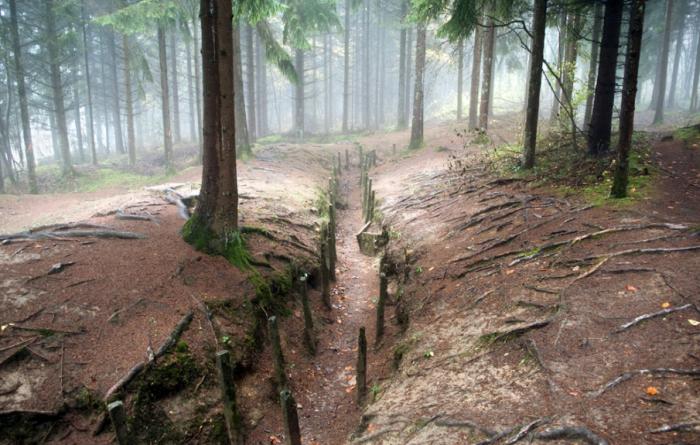 «Зона Руж» – зона отчуждения во Франции (30 фото)