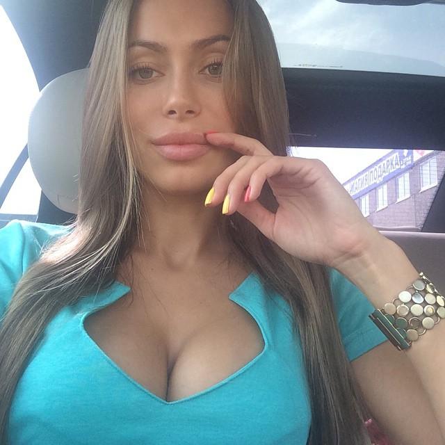 Самые популярные российские девушки в Instagram (30 фото)