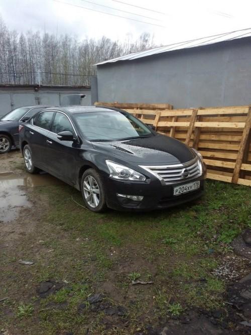 Как петербуржцы угнанный автомобиль возвращали (5 фото)