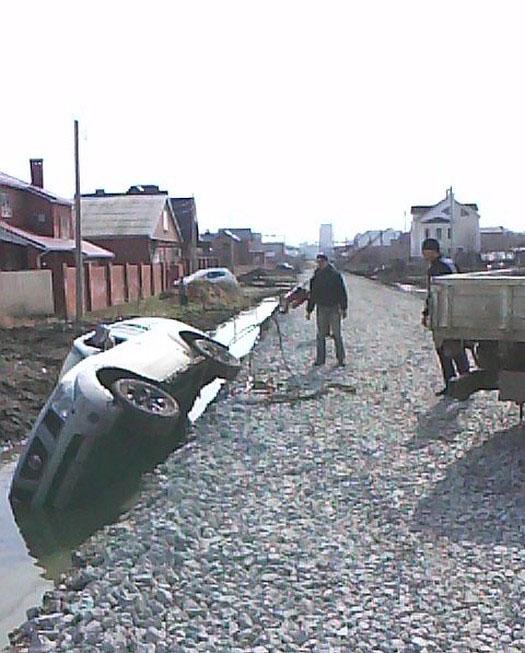 Суровые обочины наших дорог (14 фото)