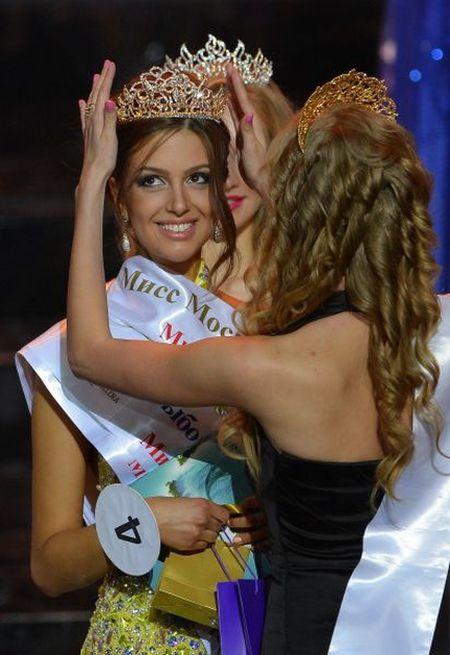 Оксана Воеводина одержала победу в конкурсе «Мисс Москва - 2015» (13 фото)