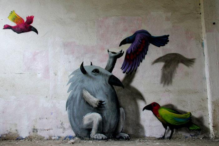 В заброшенных зданиях Берлина «поселились» забавные монстры (19 фото)