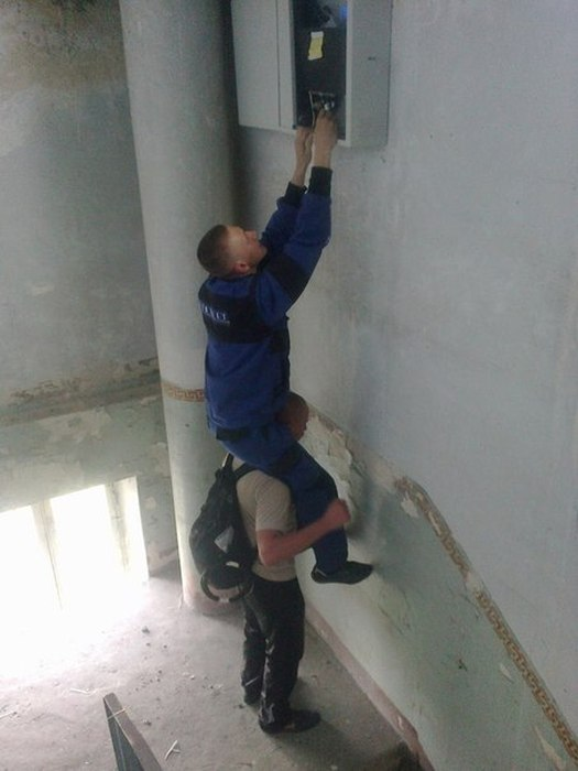 Немного о работе монтажников ВОЛС в нашей стране (12 фото)