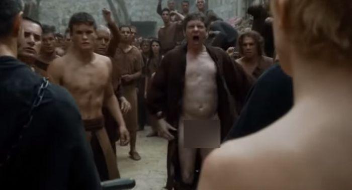 Как искали актера на роль нудиста в сериале «Игра престолов» (3 фото)