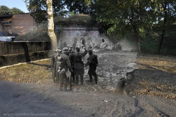 Совмещенные военные и современные снимки Брестской крепости (27 фото)