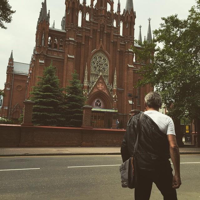 Московский бомж-блогер Женя Якут создал свой канал на YouTube (13 фото + видео)