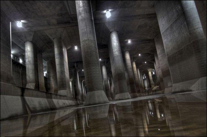 Токийский противопаводковый коллектор «G-Cans» (14 фото)