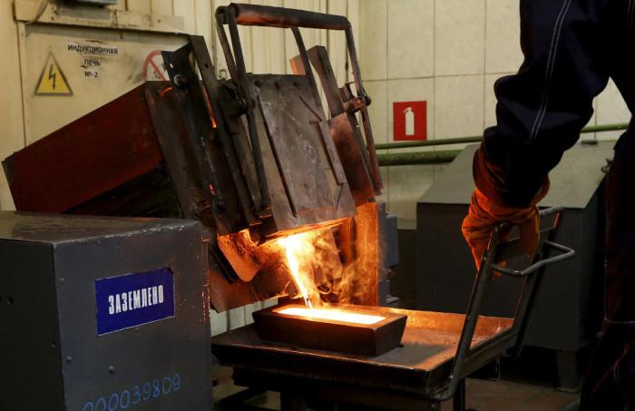 Как происходит добыча золота на руднике Олимпиада (16 фото)