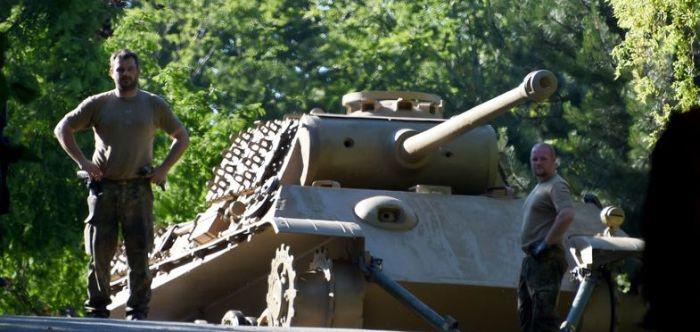 В подвале пожилого немца обнаружили танк «Пантера» (9 фото)