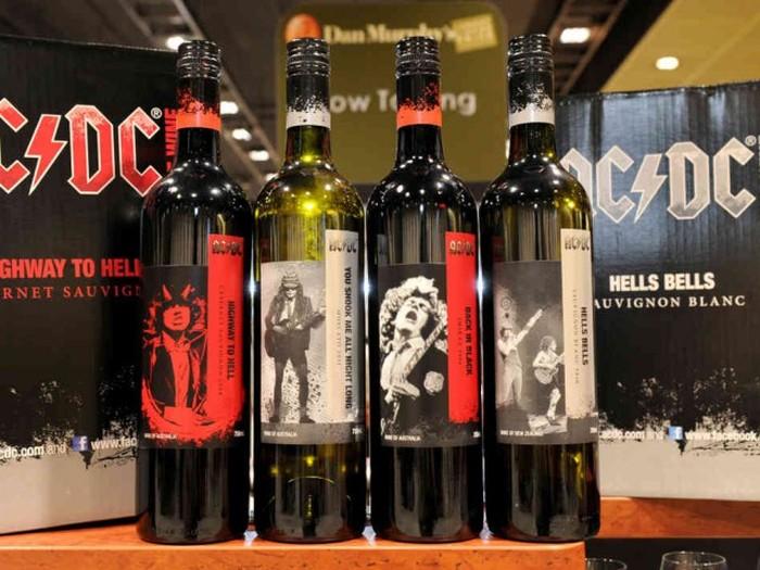Интересные факты о легендарной группе AC/DC (15 фото)