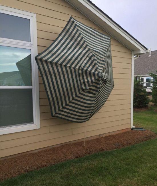 Типичный результат несильного урагана в США (3 фото)