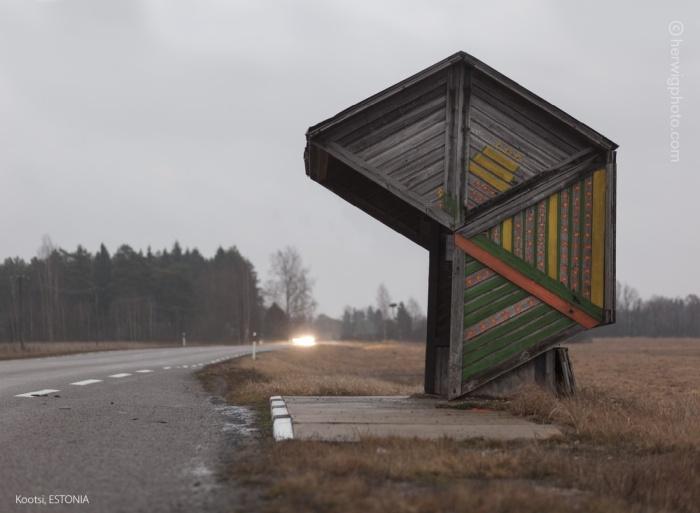 Автобусные остановки времен СССР (47 фото)