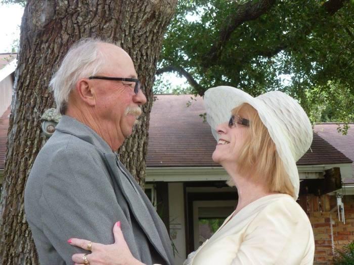 Супруги, которые навсегда останутся молодыми (4 фото)
