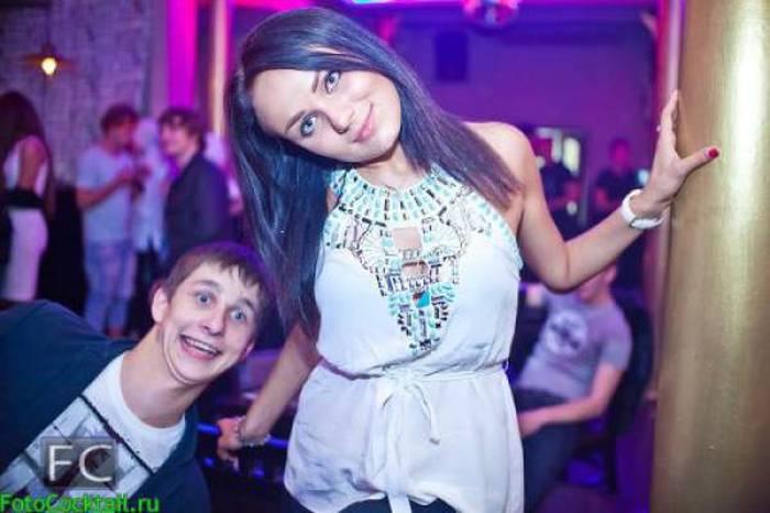 Подборка забавных снимков, сделанных в российских ночных клубах (60 фото)