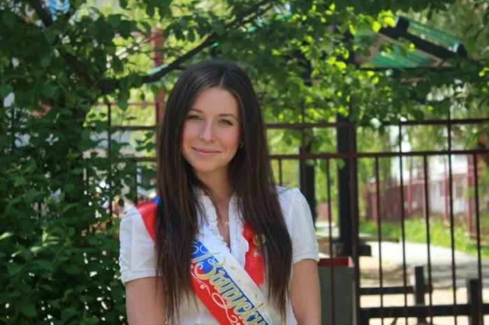 Студентка МГИМО Ангелина Дорошенкова бросила учебу ради карьеры порноактрисы (6 фото)