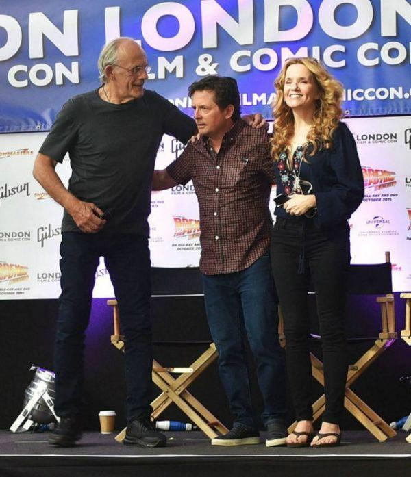 На фестивале Comic Con состоялась встреча звезд фильма «Назад в будущее» (10 фото)