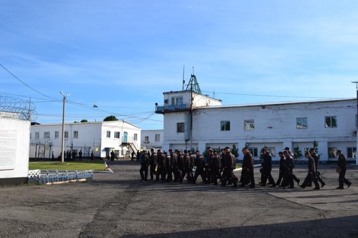 Истории заключенных колонии строгого режима (9 фото)