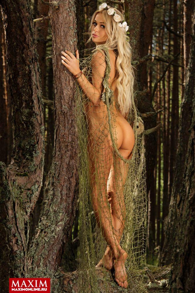 Звезда сериала «Универ. Новая общага» Анна Хилькевич снялась для журнала Maxim (6 фото)