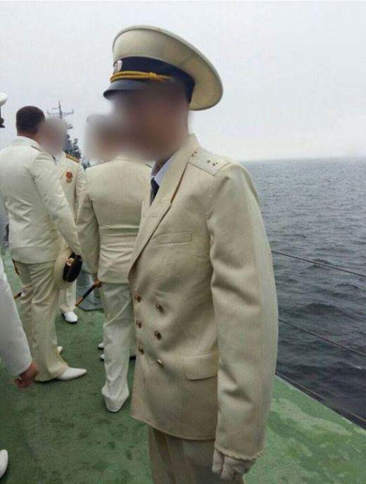 Смекалка наших моряков (2 фото)