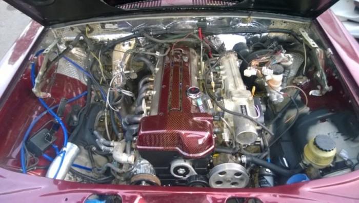 ГАЗ-24М с 420-сильным турбированным двигателем Toyota (25 фото)