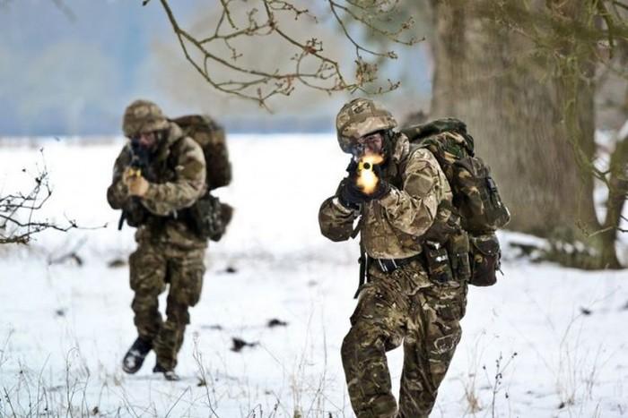 Красивые военные снимки, сделанные в правильный момент времени (46 фото)