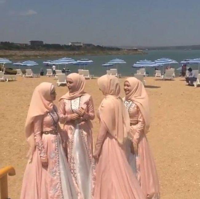 В Грозном открылся первый женский пляж (5 фото + видео)