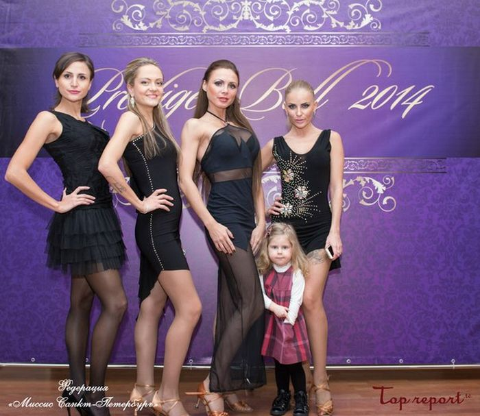 Победительницей конкурса «Миссис Россия-2015» стала мать шестерых детей Екатерина Кирмель (20 фото)