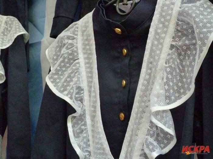 Школьников Севастополя предлагают одеть в форму эпохи царской России (6 фото)