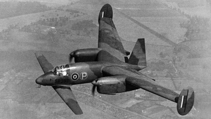 Самолеты с самой необычной формой (10 фото)