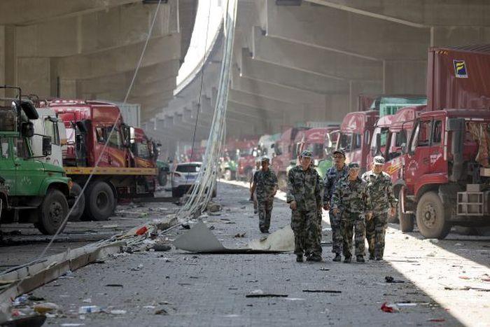 Взрыв в Китае называют самым мощным неядерным взрывом за всю историю человечества (41 фото)