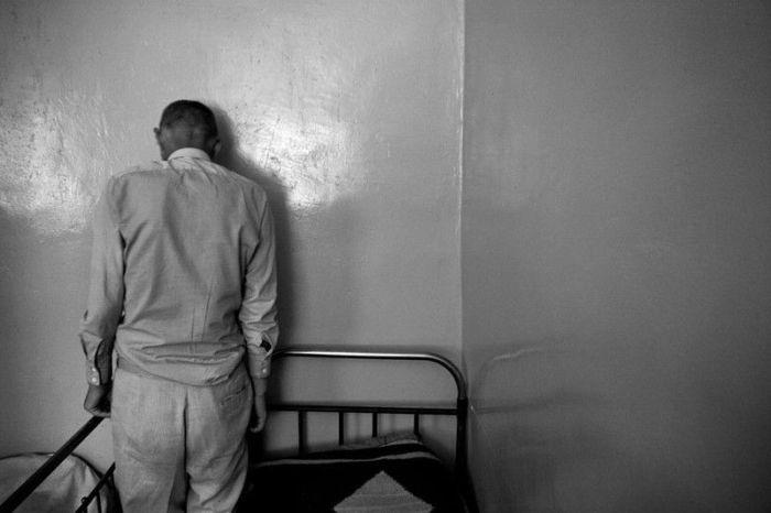 Психиатрическая больница. Взгляд изнутри (20 фото)
