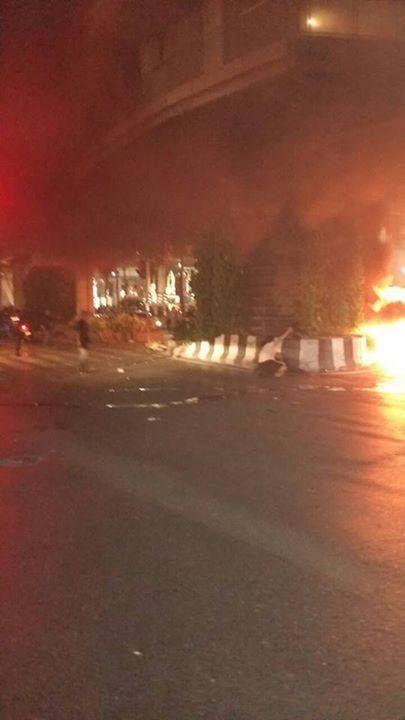 В центре Бангкока, столице Таиланда, прогремел мощный взрыв, есть погибшие и раненные (10 фото + видео)