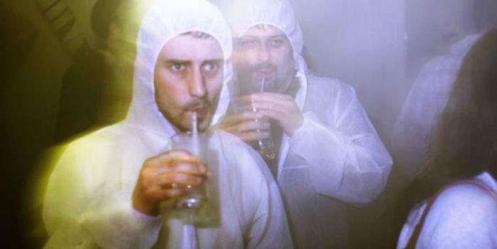 В лондонском баре алкоголь не пьют, а дышат им (9 фото)